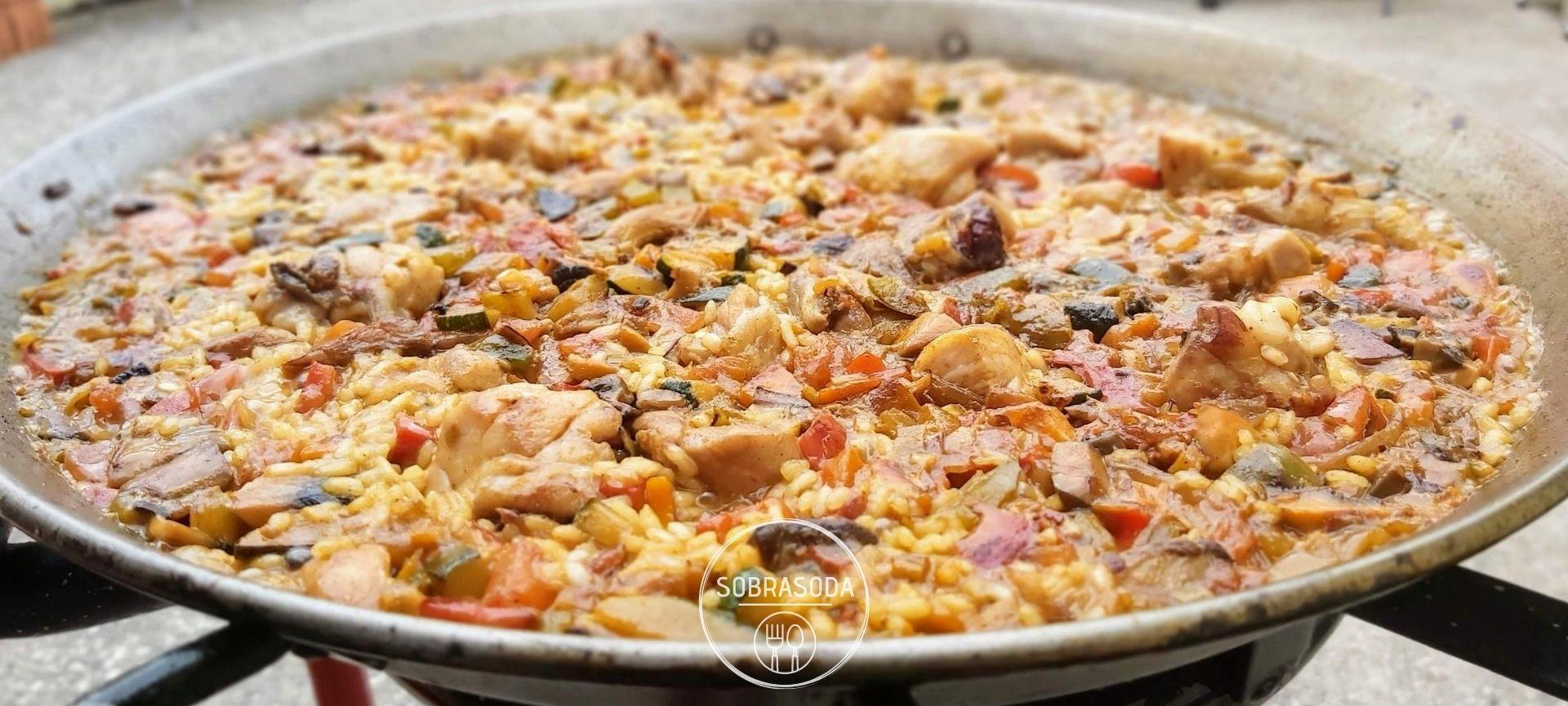 SOBRASODA arroz con pollo y verduras